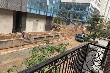 Cho thuê liền kề 90 Nguyễn Tuân view chung cư, đã hoàn thiện có thang máy 55tr/th. LH 08888.36969
