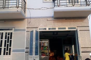 trả 300tr mua nhà 1trệt-1lầu TL10 gần Chợ Chiều,ra phòng công chứng TT 50% còn lại