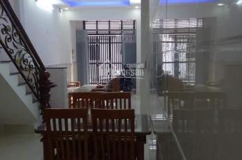 Bán nhà mặt tiền nhánh Trần Thị Hè, DT 4*15m, đúc 1 lầu đường 6m thông. Giá 3 tỷ 550tr