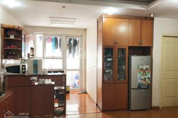 Gia đình tôi cần bán nhanh căn hộ 68m2, 2 phòng ngủ và 2 vệ sinh tại tòa CT5 Xa La