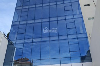 Cho thuê nhà 6,5 tấm - Mặt tiền đường CMT8, P. 4, Q. Tân Bình