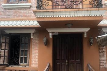 Cho thuê biệt thự Phú Nhuận, mặt tiền Hoàng Văn Thụ, DT: 11 x 20m, trệt lầu, giá thuê 100 triệu/th
