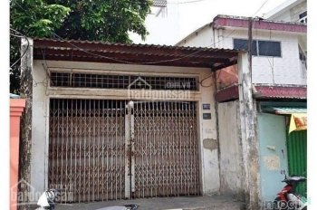 Chính chủ vỡ nợ bán gấp nhà nát đường Tôn Đản, sổ riêng, gần chợ 59m2 không bớt, LH 0906401154