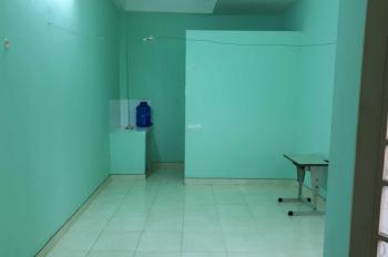 Cho thuê phòng trọ Phạm Văn Chí, Quận 6, 15m2, giá 1.9 triệu/tháng. LH cô Trân: 0783810511