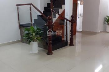 Cần bán gấp căn nhà 1 trệt 1 lầu, hẻm đường 494, Tăng Nhơn Phú A, Q9, 50m2, 2,7 tỷ, 0943622988 Lam