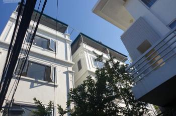 Bán nhà 35m2 xây 5 tầng, ngõ gần 3m ô tô đỗ cửa tại Thạch Bàn, giá 2,1 tỷ