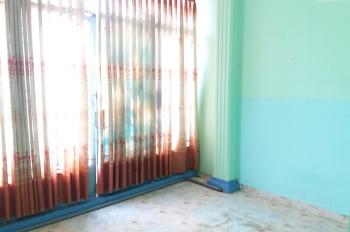 Phòng trọ trung tâm quận 11, mặt tiền đường Tân Khai