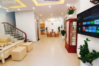 Hơn 8 tỷ có nhà đẹp thang máy ô tô tránh phố Vương Thừa Vũ, 80m2, 7 tầng. LH: 0889993105