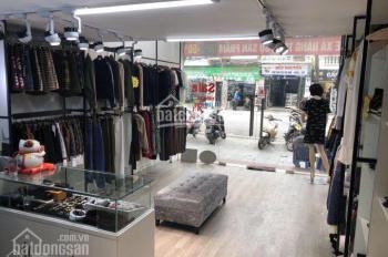 Cho thuê nhà phố Duy Tân, diện tích 90m2, 4,5 tầng, mặt tiền 6m, giá 45tr/th. LH: 0936.287.366