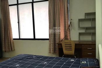 Cho thuê phòng quận 1, phòng lớn có cửa sổ rộng, giá 6.5 triệu full nội thất