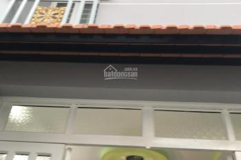 Cho thuê nhà nguyên căn hẻm 115 Phạm Hữu Lầu, hẻm thông. DT 3x6.2m, trệt, lầu, 2PN, giá 4.5tr