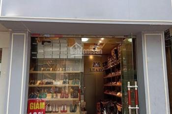 Cho thuê cửa hàng MP Hàng Bông, DT 40m2 + gác 20m2, MT 3.3m, giá 35 tr/th. LH Hiếu 0974739378