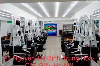 Chính chủ sang nhượng cửa hàng 24 Nguyễn Thị Định. 65m2, mặt tiền 5m. Giá thuê 20 triệu/tháng