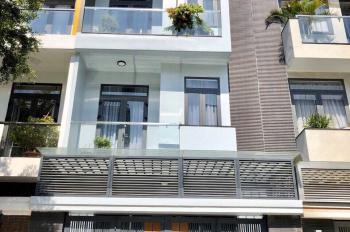 Bán nhà mặt tiền đường D4 (20m) Jamona City, DT 100m2, XD trệt 3 lầu, giá 11.2 tỷ. LH 0901294946