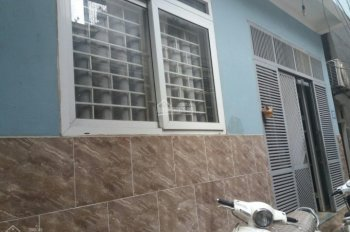 -Bán nhà ngõ 491 đường La Thành.
