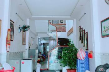 Chính chủ cần bán nhà MT Trần Cao Vân, 75m2 x 2 tầng, khu dân trí, gần Lê Độ và Hà Huy Tập, hướng B