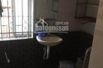 Cho thuê căn hộ tầng 2 khu tập thể Đổng Quốc Bình: 3.5 tr/th. LH: 0704197668