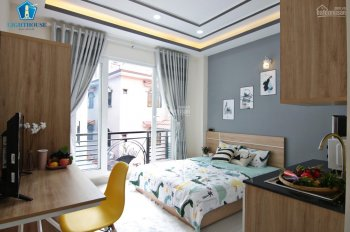 Căn hộ có kết cấu PN tách biệt bếp và có balcony cực thoáng như video 100%