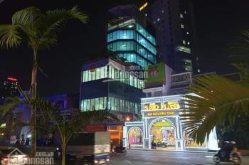 Bán nhà lô góc - Mặt phố Nguyễn Trãi 200m2, giá 36.5 tỷ (180 triệu/m2). LH 0981902804