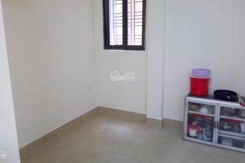 Cho thuê chung cư mini Ngọc Lâm 50m2.1 phòng 1 ngủ 1 phòng khách có đồ, 5 tr/th: 0829911592