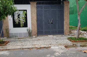 Chủ cho thuê nhà ngay góc Khu đô thị Phước Long A Nha Trang đầy đủ nội thất chỉ 5 triệu/tháng