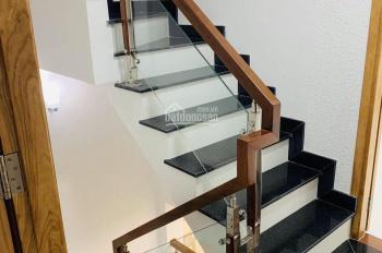 Bán nhà góc 2 mặt tiền Lê Đức Thọ, DT 5x20m, 5 lầu thang máy, cho thuê 75tr/tháng, giá chỉ 16,8 tỷ