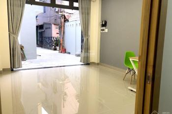 Mặt bằng mới xây đẹp có máy lạnh - Lối đi riêng biệt trung tâm quận Phú Nhuận. LH 0966.089.433