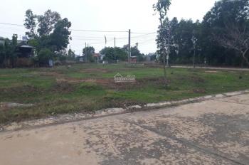 Cô Nga bán gấp 600m2 đất thổ cư ngay bệnh viện hòa hảo, mặt tiền đường 25m, dân cư đông giá 870tr