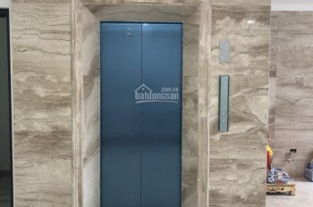 Cho thuê tòa nhà căn hộ dịch vụ, 14 căn, 2 tầng thương mại, 2 hầm, DT: 180m2 x 9 tầng, MT: 8m