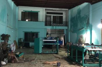 Cho thuê xưởng 200m2 hẻm xe công Lê Văn Quới