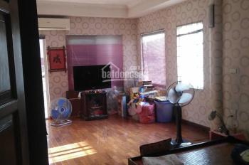 Cho thuê nhà phố Phương Mai, Đống Đa nhà 2 mặt tiền DT: 80m2 x 4 tầng nhà đẹp ô tô đỗ cửa