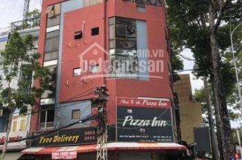 Cho thuê tòa nhà 2 mặt tiền đường Hoàng Diệu và Nguyễn Tất Thành, Quận 4, 11x17m, giá 300tr/th