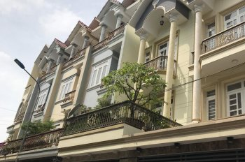 Bán căn nhà đường số 2, rộng 5m nhựa, nhà 3,5 tấm, cách khu dân cư Vĩnh Lộc 20m.