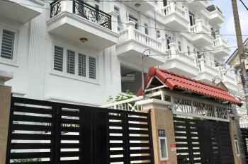 Nhà phố 1 trệt 4 lầu, có thang máy, góc 2 mặt tiền đường 20m, LH: 0905 253 208 Mr. Việt