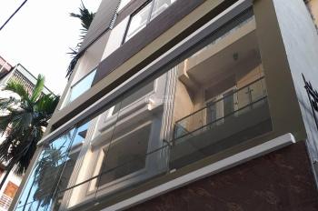 Chính chủ bán nhà Yên Hòa, Cầu Giấy. DT 38m2 xây 4 tầng, MT 5.5m, xây mới, nội thất đẹp, giá 4.1 tỷ