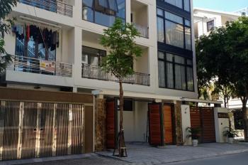 Cho thuê nhà liền kề, biệt thự Vườn Đào, đường Lạc Long Quân, DTSD 300m2, giá 19 tr/th