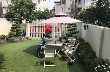 Cho thuê biệt thự Hưng Thái, Phú Mỹ Hưng, giá 30 triệu / tháng. Tel 0912183060