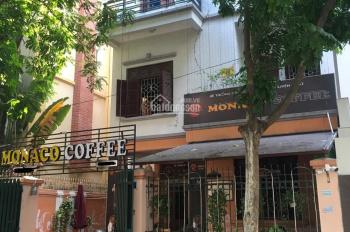 Bán biệt thự 140m2 khu đô thị Trung Hòa Nhân Chính, phố Hoàng Ngân đang làm quán cafe. 0977164491