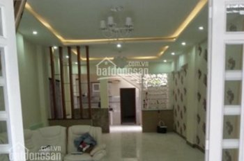 Bán nhà mặt tiền Hai Bà Trưng, P. Tân Định, Q.1, DT: 4.4x15m, trệt, 3 lầu, ST, HĐT 115tr/th 46 tỷ