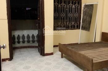 Phòng trọ gần Ngã Tư Sở không chung chủ, nóng lạnh, máy giặt, điện nước giá dân