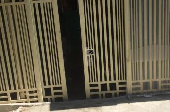 Bán nhà 1 tầng đường Giải Phóng 50m2 có sân riêng