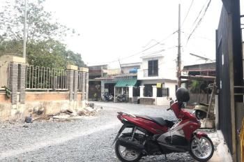 Bán lô góc mặt tiền Ca Văn Thỉnh Phường 11 Quận Tân Bình.