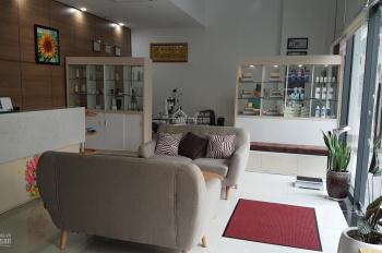 Bán shophouse Quận 7 khu Him Lam CC Florita, DT: 126m2 có 1 trệt 1 lửng, full NT đẹp. Giá 6 tỷ TL