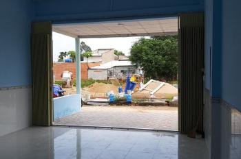 Nhà bán huyện Đức Hòa giá rẻ công nhân 5x22m thổ cư 100%, xã Đức Hòa Hạ