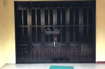 Chủ định cư nước ngoài nên cần bán gấp căn nhà tại phố cổ Hội An. LH: 0905399856