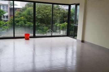 Cho thuê nhà 6 tầng x 72m2 có thang máy - Lê Văn Lương - KD sầm uất - nhà hàng - mầm non - VP