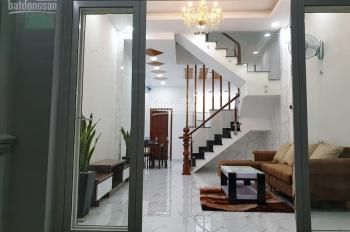 Bán Nhà Đường Phạm Văn Hai, Tân Bình. Nhà 3 PN, Hẻm Xe Hơi, Diện tích 52m2, giá 7 tỷ.