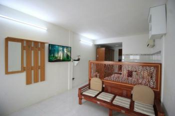 Chủ cho thuê căn hộ gần 120-122 MT đường Khánh Hội, quận 4. Giá thuê 8.5tr/th, nội thất như hình