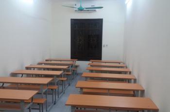 Cho thuê nhà làm phòng dạy học,phố Trần Đại Nghĩa,xe ô tô ra vào thoải mái,full thiết bị,0969846219
