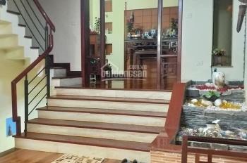 Bán nhà 5 tầng đẹp phố Đào Tấn Ba Đình Hà Nội cho tây thuê giá cao 8.5 tỷ.